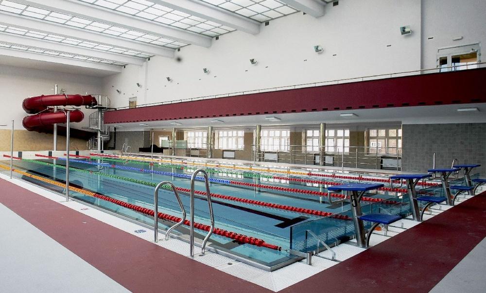Hala pływalni krytej